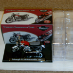 Atlas edition Classic Motorbikes collection Triumph Bonneville mint 1:24 model @SOLD@